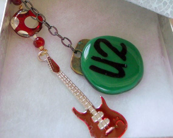 Rock Band Key Ring - U2 concert tour gift -  Guitar charm for events - Fan club - red musical instrument - metal guitar - brown guitar charm