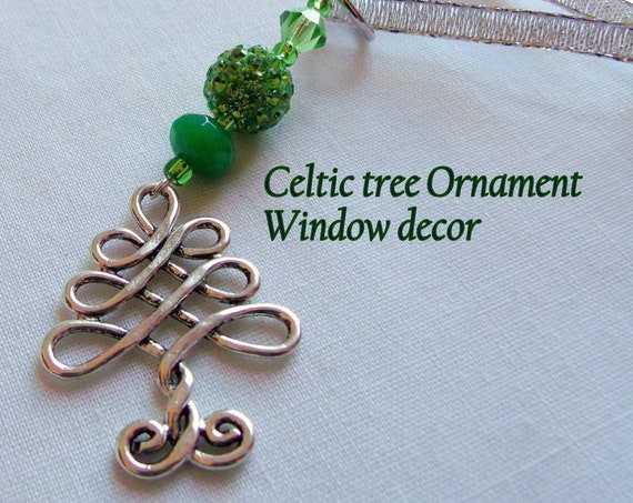 Celtic knot Tree ornaments - window charms - green St Patricks day gift -  Luck of the Irish - Ireland travel gift - ornate -  Lizporiginals