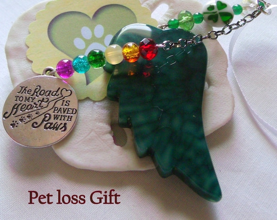 Pet loss gift - green angel wing - agate pendant - Pet Sympathy gift - memento -Pet memorial - rainbow bridge charm - gift box set