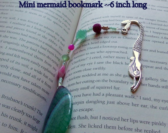 Gemstone bookmark - teardrop green  agate - page marker - teen book worm gift -  mini mermaid bookmark - book club gift - Lizporiginals