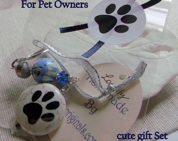 Paw Ornament  gift set - Dog/cat  Paw gift -  pet owner gifts - Christmas Gift - crochet paw gift bag - stocking stuffer - walking club gift