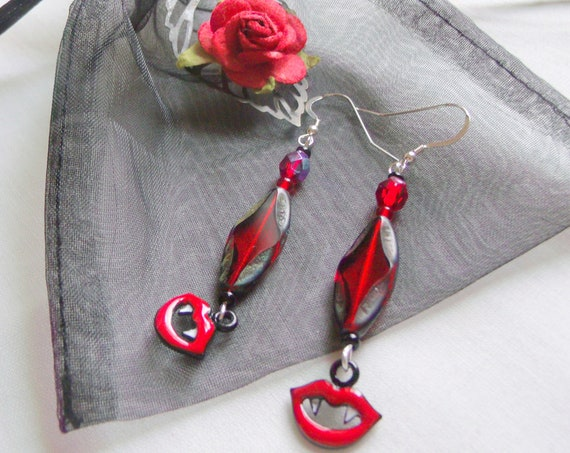 Dracula earring zip pull set - red bite me charm - fang earrings - Halloween gift - bag charm - scary party gift - vampire jewelry - blood