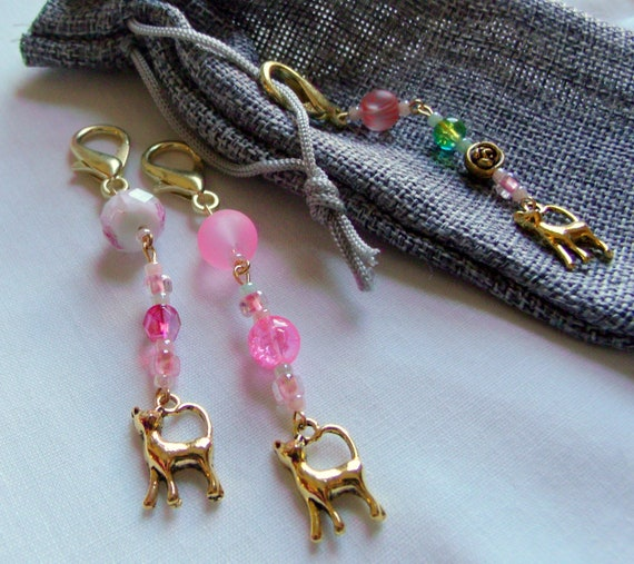 Cat zipper pulls - Gold cat  charm   cat lover gift  - pet -  journal - tote accessory - green pink colors -  teen girl gift - LizPOriginals