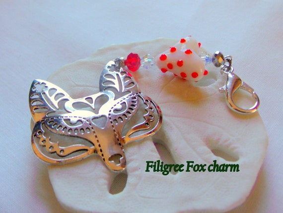 Filigree fox charm purse clip - large fox zipper pull - wild animal charm for journals - I love fox - red lamp work heart tote bag clip