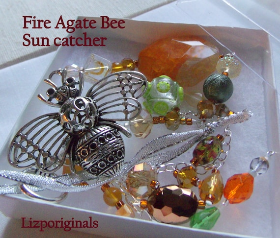 Queen Bee garden Ornament - fire agate sun catcher - bee happy - Bee keepers gift - Honey beaded home decor - Orange gemstone - bee charm