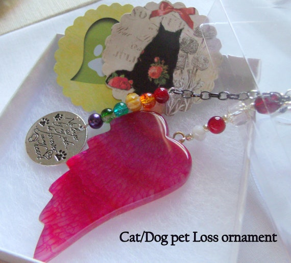 Pet loss gift - bright red wing ornament - agate pendant - angel wing - Dog sympathy gift -  cat  loss - window ornament - fur baby memento