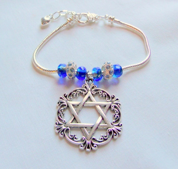 Blue Star of David charm bracelet - Jewish holiday gift - mothers day - Hanukkah - beaded 7 inch adjustable  - Stand for Israel - memento