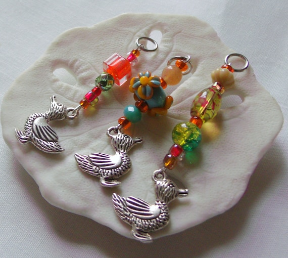 Duck Stitch markers - colorful quilting accessory  - silver charms - orange -  whimsical  zip pull  - Quilting bee -  Knitting  circle gift