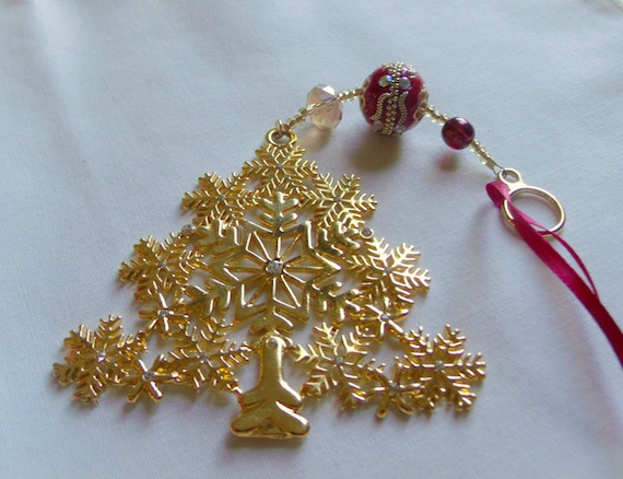 Gold Christmas tree ornament - sparkle home decor - red tree hangers - classic Christmas - stylish beaded tree ornaments - Victorian style