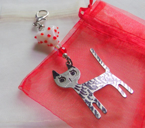 Stylish cat zip pull -  tiger cat - Car charm - I love cats Gift - Metallic cat - lamp work heart kitty  journal clip - feline cat gift