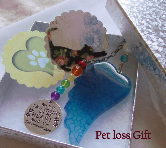 Pet loss Gift -  Aqua gem agate wing -  loss of a pet gift - pet Sympathy gift - angel memento - paw print poem - car window charm