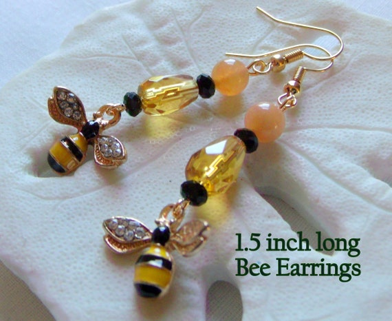 I love bees Zipper pull - Bee charm earrings - bee keepers gifts - for the friend of bees - honey colored journal charm  - heart bee gifts