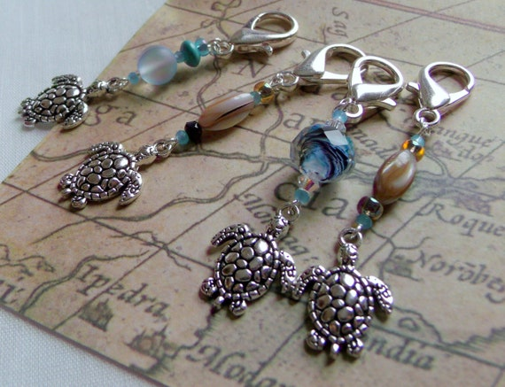 Turtle bag charms - backpack clip - silver Turtle zipper pulls - beach wedding favors  - planner clip -  aquarium -  aqua sea turtle gift
