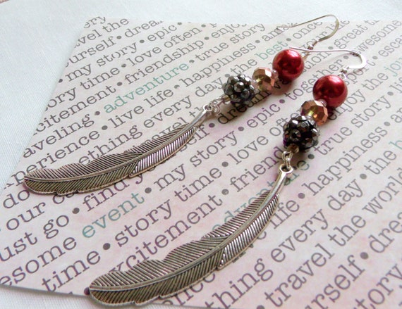 Feather earrings - long pearl earrings - boho style - light weight - long dangle earrings - feather charm