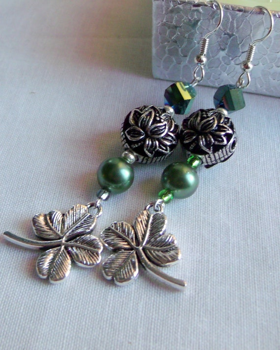 Shamrock charm earrings - green St Patrick's day gift -  Irish gift set - shamrock zipper pull for purse- tote bag clip - spring token