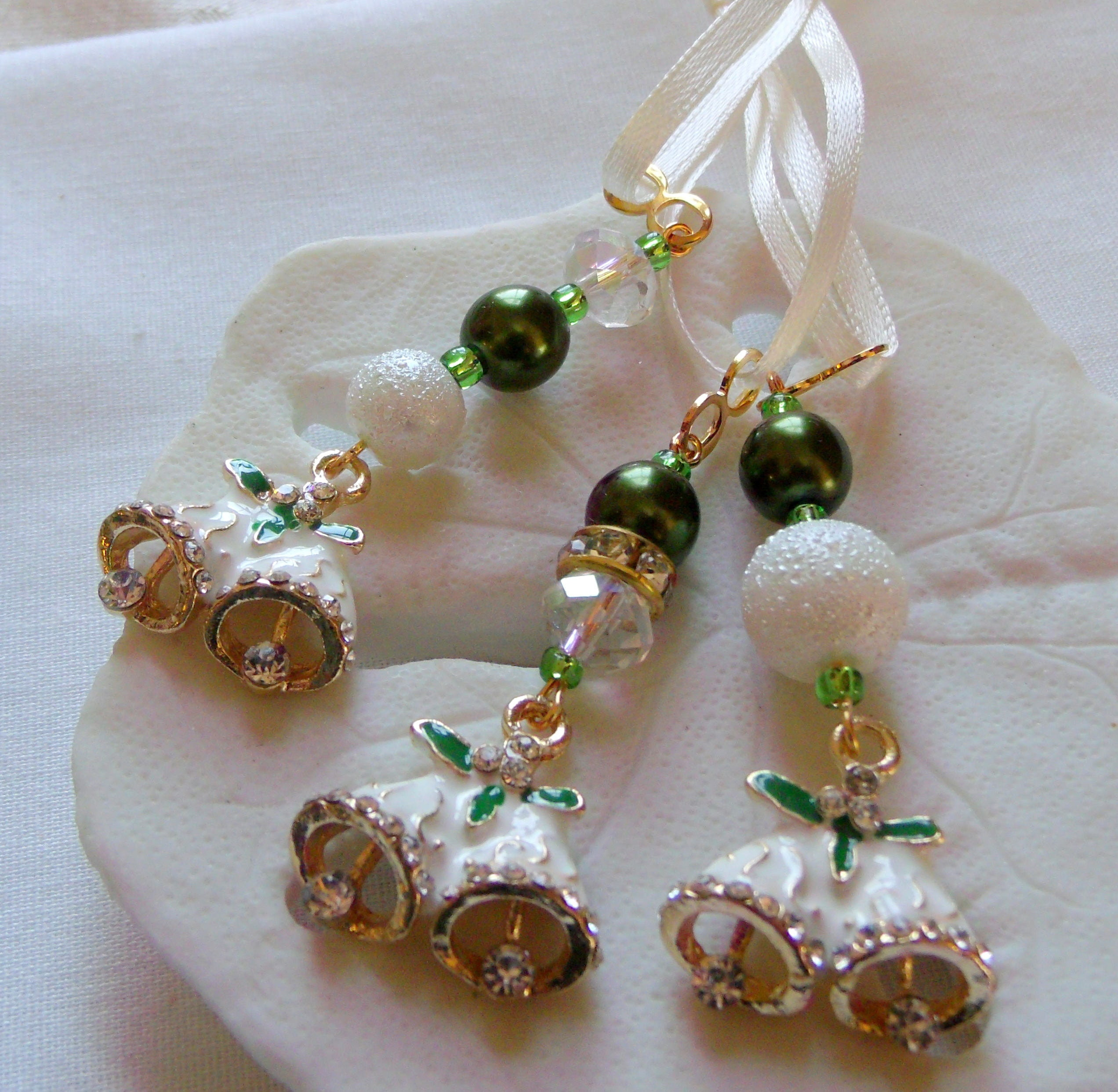 Elegant Wedding Bells: Green Bell Of Ireland Gift
