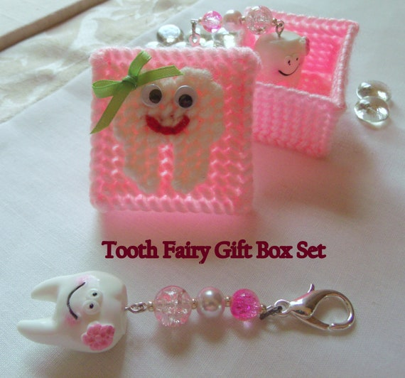 Tooth fairy zipper pull - boy  girl - large molar tooth - baby dental gift - whimsical smiling teeth - pink -blue- white beads - Back pack