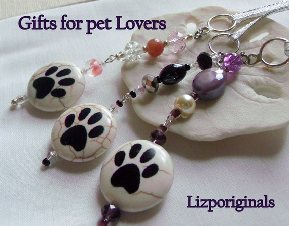 Pet paw Ornament gift set - Dog/cat gift - for pet owners -  Holiday Christmas Gift - crochet paw gift bag - paw zipper pull - Fur baby gift