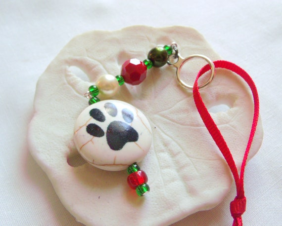 Pet lovers gift - Dog Christmas ornament - Paw bead tree hanger - Puppy 's first Christmas  - Holiday pet decor - cat ornament - car charm