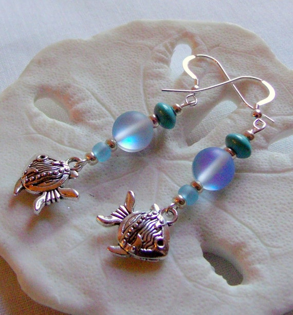 Aqua fish charm Earrings - goldfish gift - aquarium style - short  beach earrings - 925 sterling silver earwire - whimsical fish - nautical