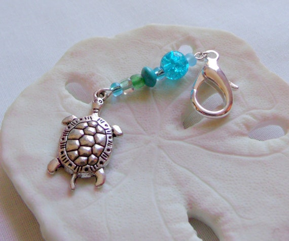 Turtle bag charms - aqua sea turtle  - set of 3 zipper pulls - ocean life - aquarium gift - turtle journal clip - tote -  birthday favors