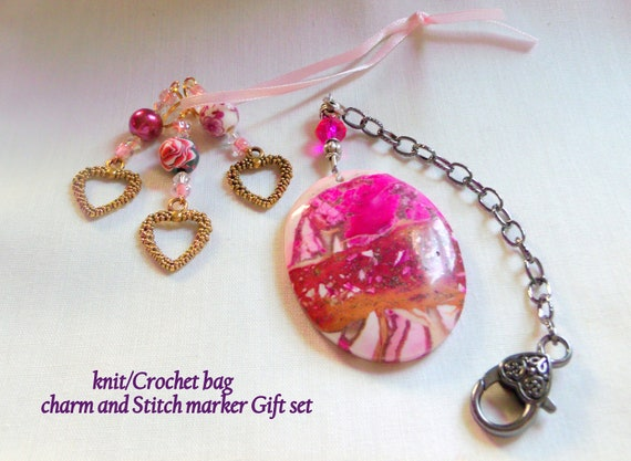 Knitters gift set - project bag charm - set of 3 heart stitch markers - place finders - crochet - pink gem stone - women knitting circle