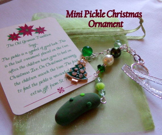 Green Pickle ornament - tassel style - Christmas tree charm - mini tree decorations - pickle lover gift idea - stocking stuffer - candy cane