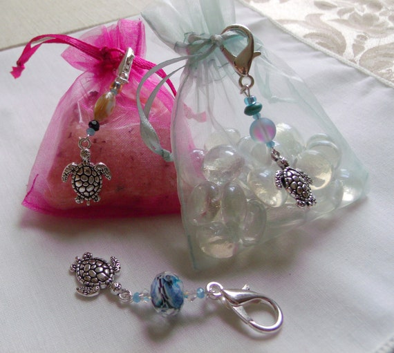Turtle bag charms - backpack clip - set of 3 zipper pulls  - beach wedding favors  - planner clip -  aquarium -  aqua sea turtle gift