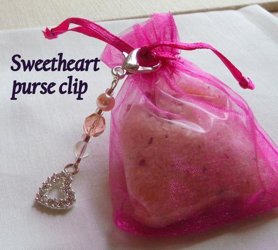 Rhinestone heart zipper pull - Sweetheart purse clip -  Peach Wedding guest gift -  bridal shower favors -  openwork heart charm