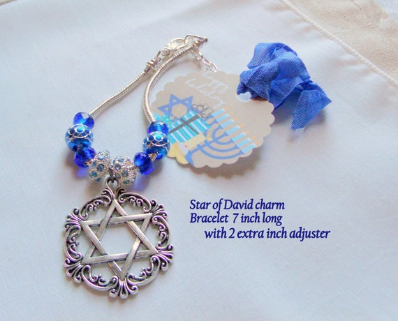 Jewish Mom Gift - Silver Star of David charm Bracelet - 7 inch with adjuster chain - blue judaica memento - Stand for Israel - Mothers day