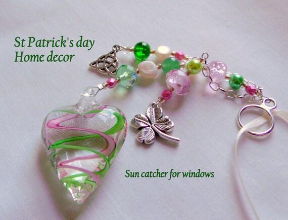 St Patrick's Day home decor - murano glass heart - Celtic knot charm - shamrock - Boston Irish gift - Car charm - Irish club - sun catcher