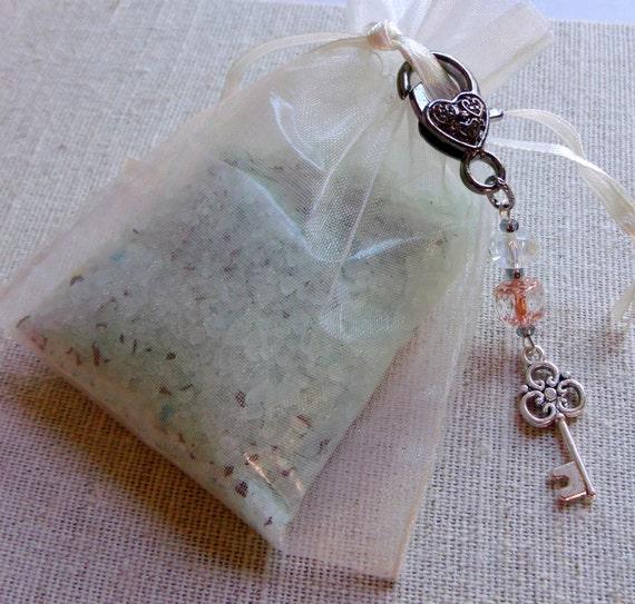 Wedding zipper pull - charms -  peach memento - bridal shower accessory - wedding favors -  shower zipper pull - gift of love - heart charms