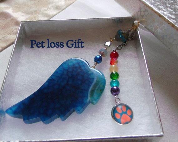 Pet loss gift - aqua wing ornament - agate pendant - angel wing - Pet sympathy gift - dog  and cat loss - window ornament - fur baby memento
