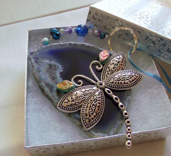 large dragonfly  - purple geode slice - agate sun catcher - dragonfly charm - window ornament - garden decoration - gift for gardener