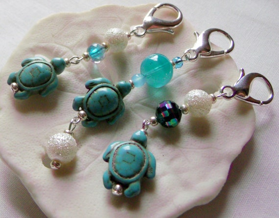 Turtle bag charms - backpack clip - Bright beaded Turtle zipper pulls - aqua Turtle charm - College farewell gift -  planner clip - sea life