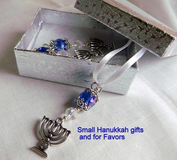 Menorah gift set -  judaic  party favors - Hanukkah charm - ornaments - ribbon /clasp /set of 3 - Zipper pull - blue gift - Jewish holidays