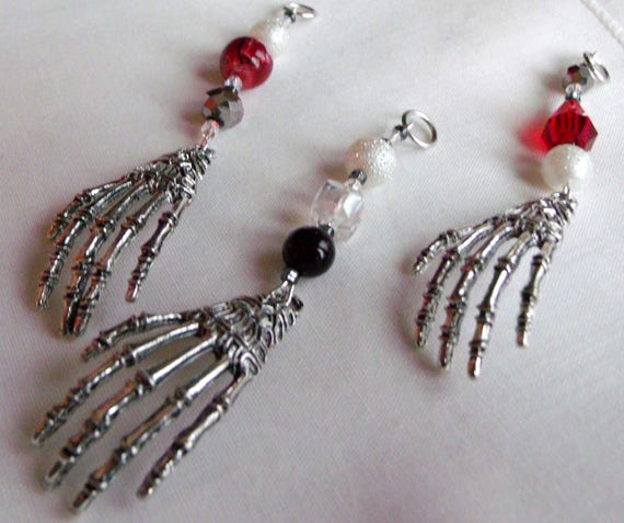 Skeleton hand party favors - red zipper pull - bone - for Halloween  gifts - Mexican Dia De Los Muertos - Day Of The Dead - Graveyard humor