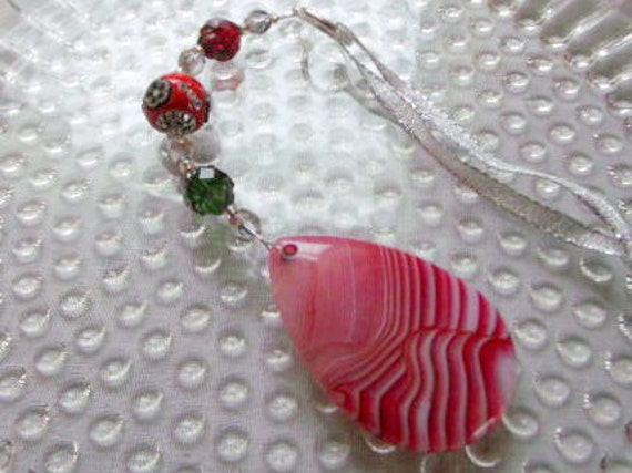 Christmas ornament - candy cane agate - for country home - cottage winter decorations - beaded holiday gift - red tree hanger - window charm