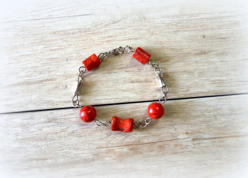 Red Coral Charm Bracelet Gift For Her Unique Gifts Women Red Coral Jewelry Beaded Coral Bracelet Birthday Gifts For Girls Elegance Romance