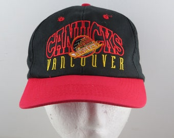 9df3c53416342e Vancouver Canucks Hat (VTG) - Arch Script with Skate Logo by The Game -  Snapback