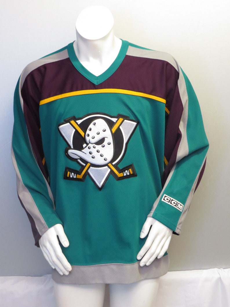 cheap for discount 6d957 dd548 Anaheim Mighty Ducks Jersey 1997 3rd Jersey by CCM   Etsy