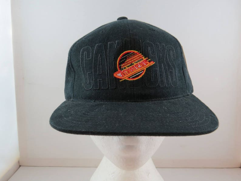 ad5bd7c2baecfe Vancouver Canucks Hat VTG Script and Logo Front by Annco | Etsy