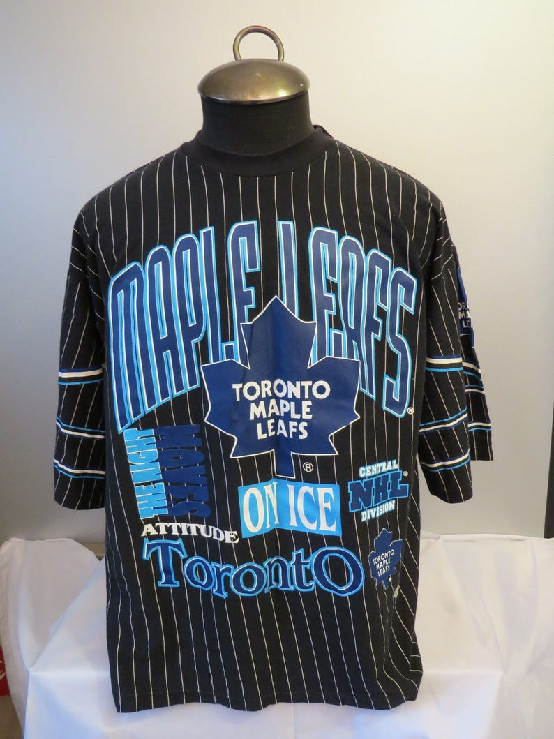 35b6d99bd73 Toronto Maple Leafs Pin Stripe Shirt (VTG) - Multiple Graphics by Raven s  Knit - Men s XL