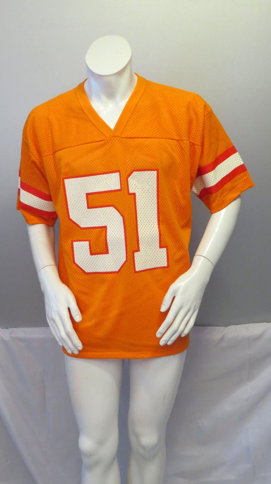 the latest 618d3 a8eeb Tampa Bay Buccaneers Jersey (VTG) - Broderick Thomas #51 - Logo 7 - Men's  Large