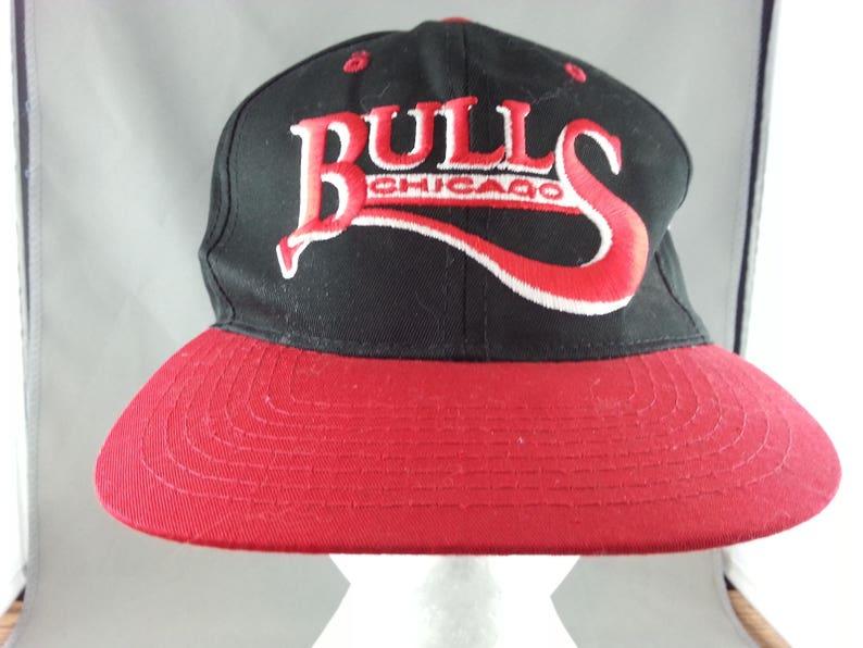 9a0f7717191 Chicago Bulls Hat VTG Script Front By Starter New No