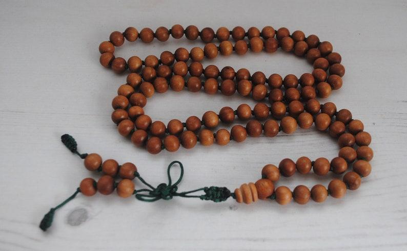 Sandalwood Mala Beads, Buddhist Jewelry, Buddhist Prayer beads, Wood Mala,  mala 108, Yoga Necklace, Endless knot Buddhist mala, Cornwall UK
