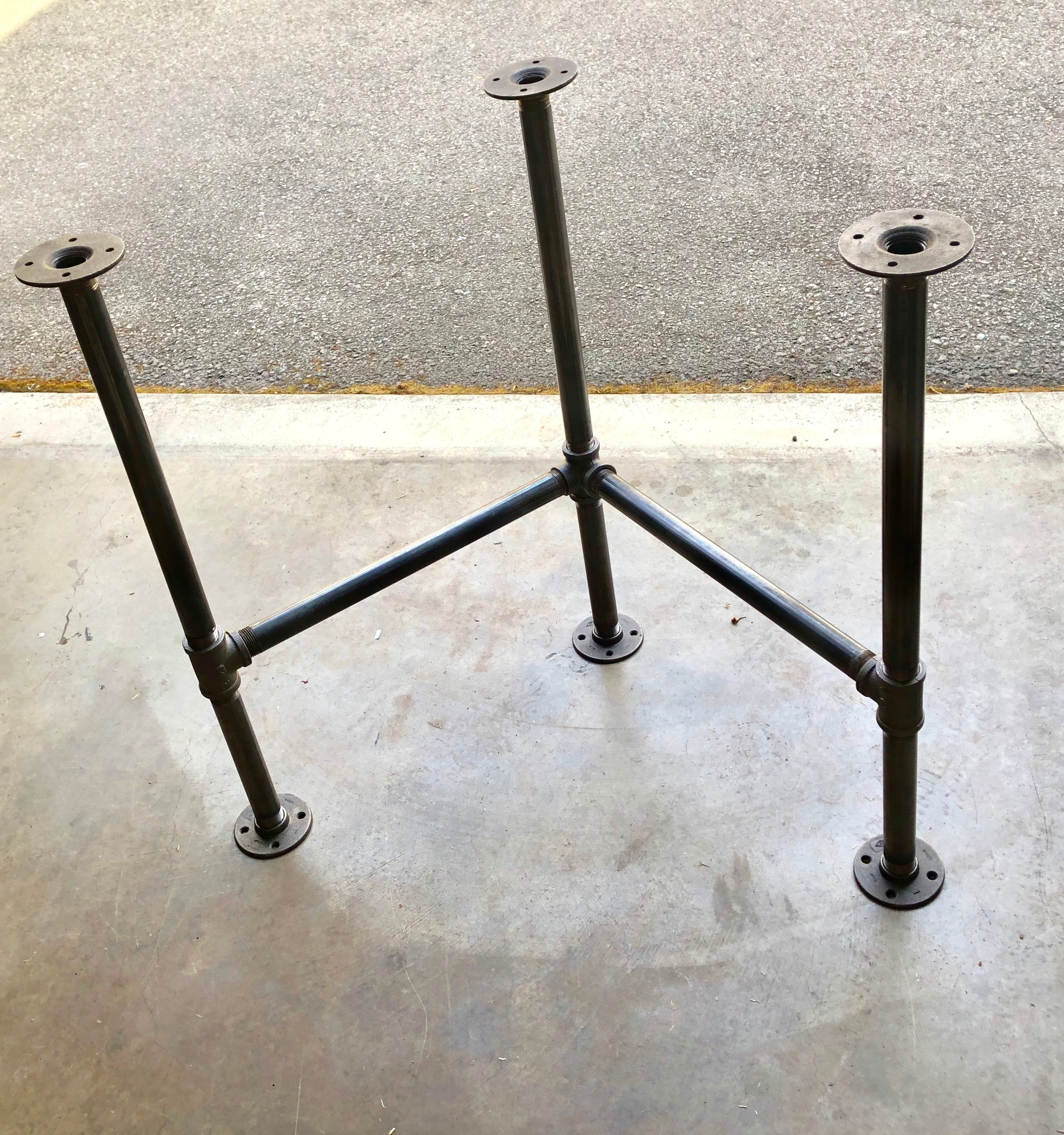 "Industrial Black Pipe Corner Table Base ""DIY"" Parts Kit"