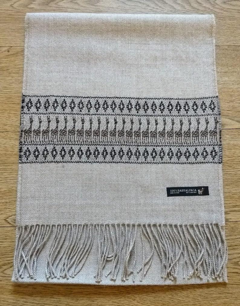 Scarf made of 100/% baby alpaca wool