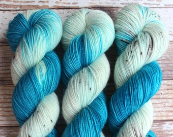 Mercedes - Blue Footed Booby - Hand Dyed Yarn - 80/20 Superwash BFL/Nylon