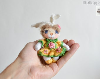 textile pocket doll,dollhouse accessory collectible doll Small art fabric doll Happy Cat